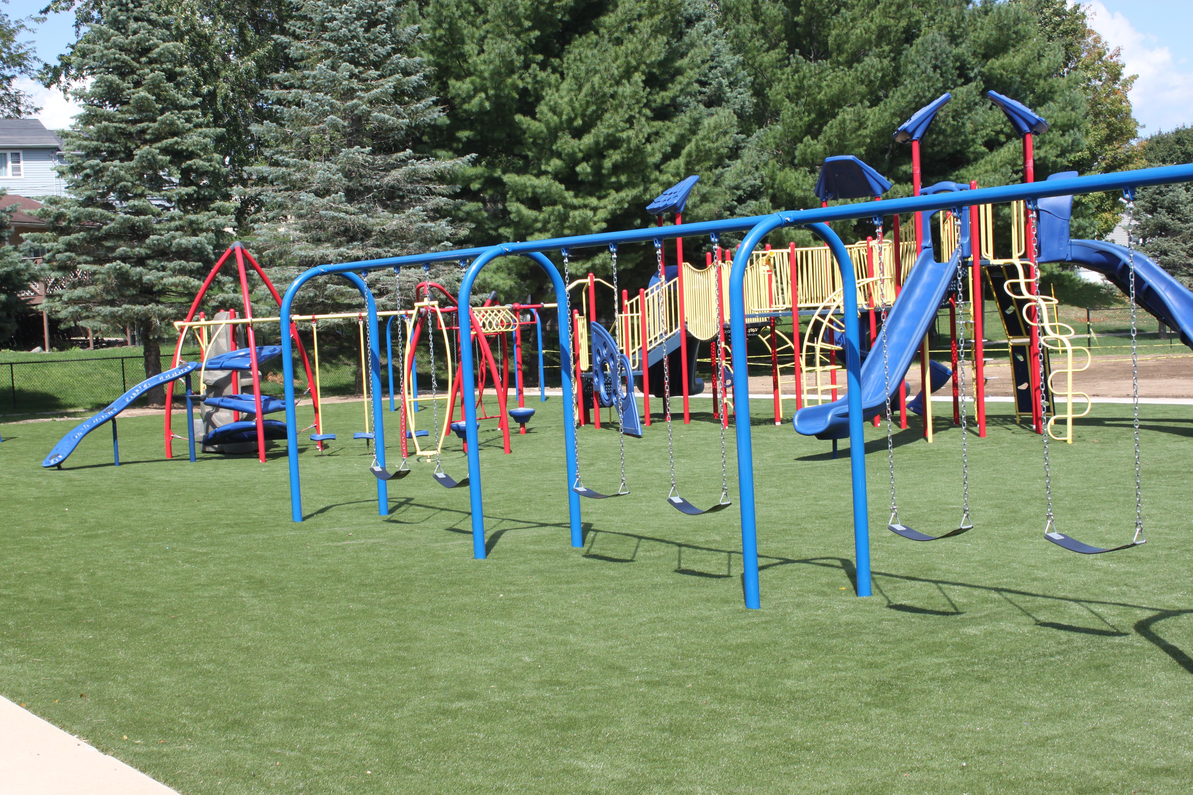SHE - New Playground